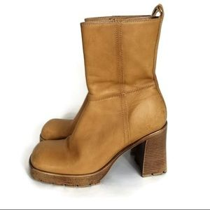 Steve Madden Brasss Vintage Boots